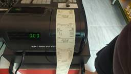 Caixa registradoda seminova