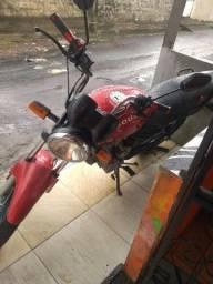 Vendo moto Ducar cc150 ano 2014