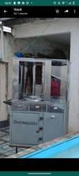 Vendo churrasquinho grego