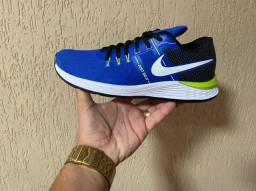 Tênis Nike Azul com Preto e Vede (Frete Gratis)