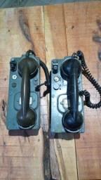 2 telefone militar não sei se estão funcionado no estado das fotos