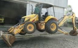 <br>New Holland Retroescavadeira B95b T