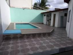 Vende Casa com ótima localização na Urbis l