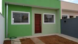 Uma Linda Casa Térrea e Nova - Com 2 quartos, quintal e 2 vagas em Extrema