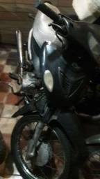 Motocicleta 100 cilindradas