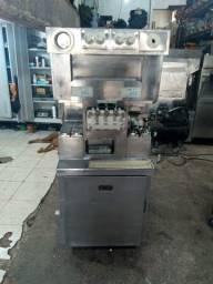Maquina de altíssima produção 8 7 5 6 equiapemto taylor