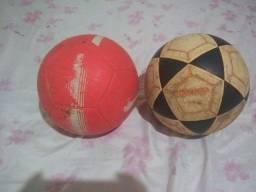 Duas Bolas De Campo
