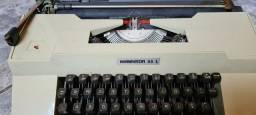Máquina de escrever antiga Remington 33 l