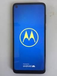 Moto G8 - 64 GB - 2 meses de uso / sem arranhões
