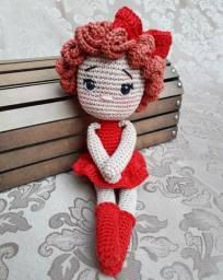 Bonequinha Bailarina Marina ? Bonecas em crochê
