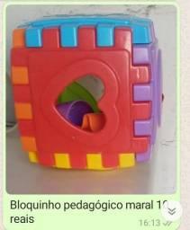 Brinquedos pedagogicos diversos