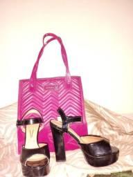 Bolsa Petite Jolie+sandália de salto Vizzano