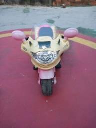 Moto elétrica bandeirante