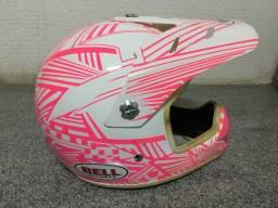 Capacete motocross rosa com óculos