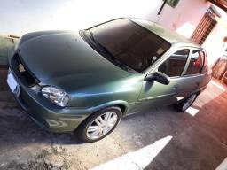 Corsa Sedan 2000/2001 - 2001
