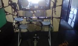 Bateria Eletrônica Staff Drum com Módulo DM5 da Alesis