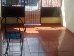 Casa Residencial ou Comercial, Próximo ao PAM da Codajás, 4 quartos, Garagens, 04 carros,