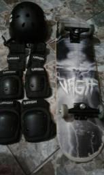 Skate profissional URGH + equipamentos