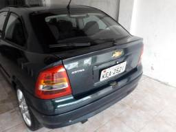 Astra hatc 2 portas - 2001