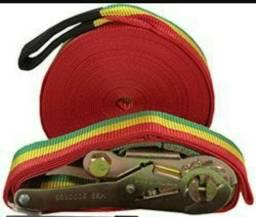 Slackline cor do reggae, 15M, semi novo