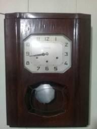 Vendo 2 relógios reliquia