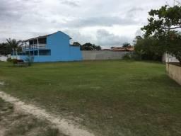 Terreno grande perto da praia para construção geminados ou para uma bela casa!