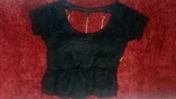 Vendo blusa preta