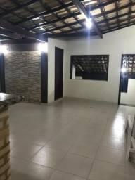Alugo apartamento triplex em Angra dos Reis