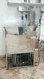 Máquina de fazer sorvete e picolé