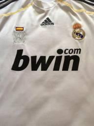 Camisa Original do Real Madrid - Tam G - Com Patches da Champions. Em ótimo 67e41402f9892