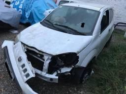 Oportunidade Fiat Uno vivace batido - 2015
