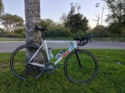 Bicicleta Speed de estrada Caloi Strada