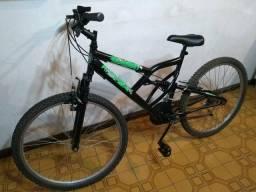 Bike dupla suspensão aro 26 18 marchas