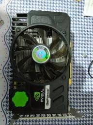 Placa de vídeo GEFORCE 1GB