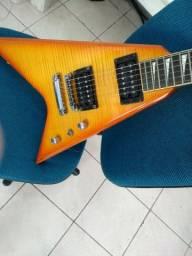 Guitarra Steinberg modelo Stagg flying