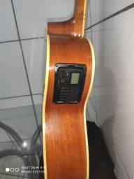 Vende-se violão * whatsapp