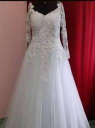 Vestido de Noiva modelo Princesa   R$ 720,00