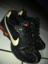 Nike Shox-numeração 39