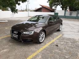 Audi A5 2016 1.8T ambient completo