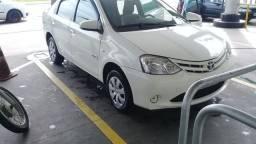 Etios Sedan 1.5 completo