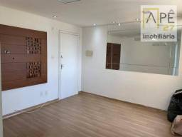 Apartamento com 2 dormitórios para alugar, 49 m² por R$ 1.100/mês - Parque Uirapuru - Guar