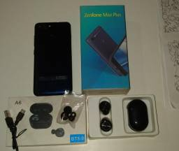 Asus ZenFone Max PLUS com fone bluetooth