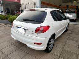 Peugeot 207 1.4 XR 2012