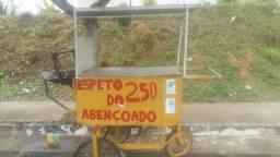 Vendo esse carrinho de churrasco por 600 reais aceito proposta