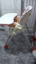 Cadeira de alimentação chicco polly 2 em 1 usada