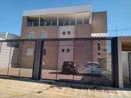 Apartamento com cobertura/terraço