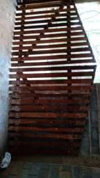 Portão de madeira - eucalipto