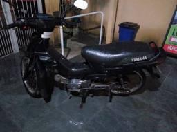 Moto Yamaha Crypton 2002