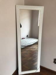 Vendo espelho de chão novo branco