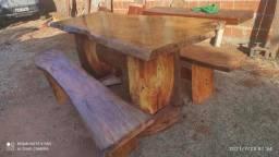 Vendo mesa de mangueira tratada